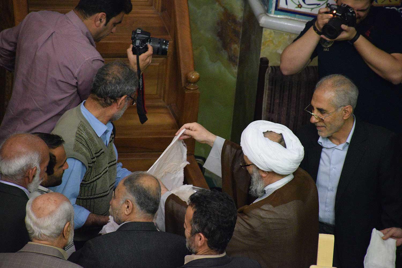 مراسم غبارروبی مسجد النبی امیرآبادشمالی